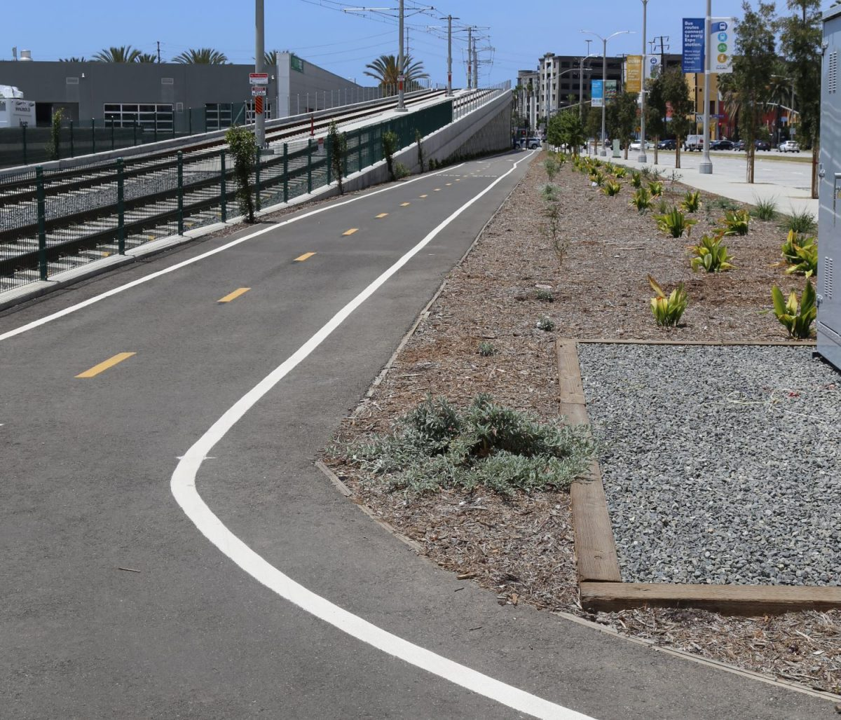 Bike path along the Metro line in Santa Monica